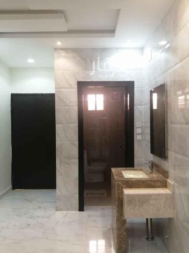 بيت للبيع في شارع ورقة بن نوفل ، حي شباعة ، خميس مشيط ، خميس مشيط