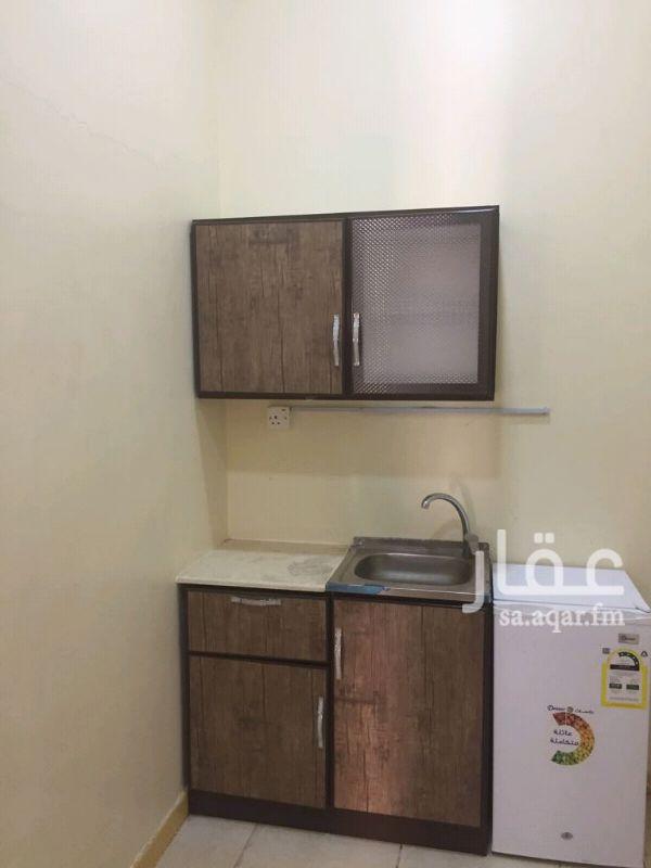 غرفة للإيجار في شارع سعيد بن الحارث الانصارى ، حي الملك فهد ، المدينة المنورة