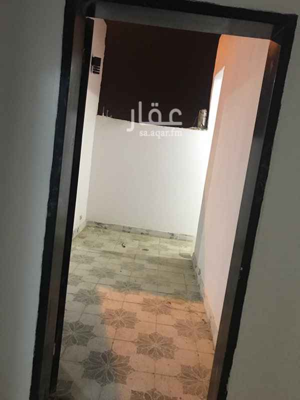 شقة للبيع في شارع الاعتدال ، حي بدر ، الرياض
