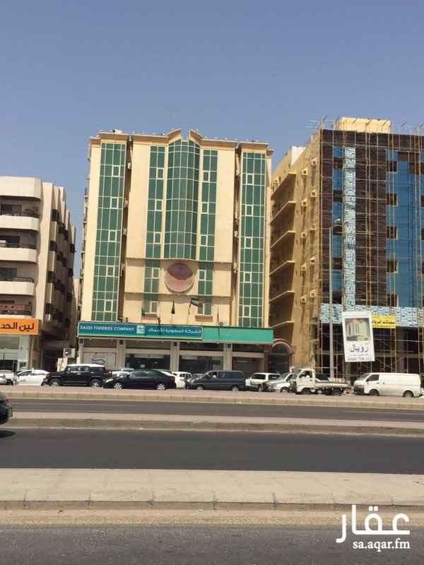 عمارة للبيع في طريق الملك فهد, حي البوادي, جدة