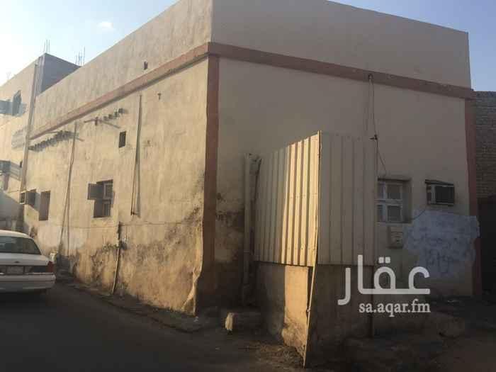 بيت للإيجار في شارع علي بن عامر بن سعد ، حي الاصيفرين ، المدينة المنورة