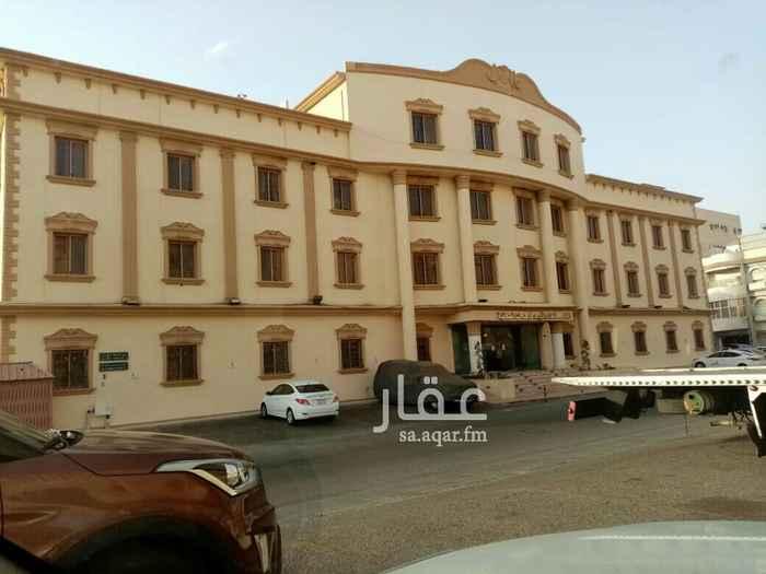 عمارة للإيجار في شارع عبدالله بن وديعه ، حي البوادي ، جدة ، جدة