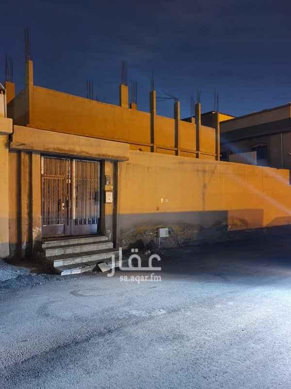 أرض للبيع في شارع عبدالرحمن المقرئ ، حي العزيزية ، الرياض ، الرياض