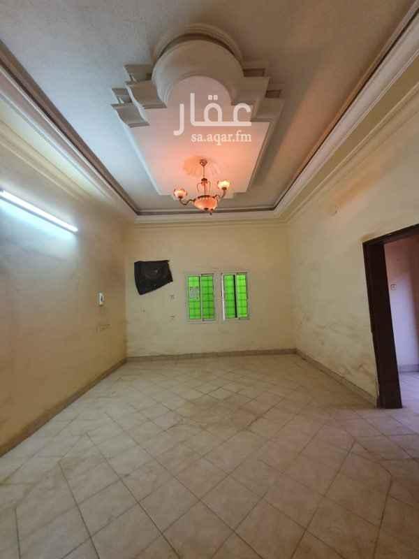 عمارة للإيجار في شارع الفرزدق ، حي الضباط ، الرياض ، الرياض