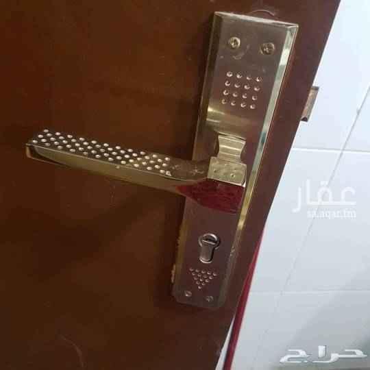 شقة للإيجار في شارع ابي جعفر العنزي ، حي الاجواد ، جدة ، جدة