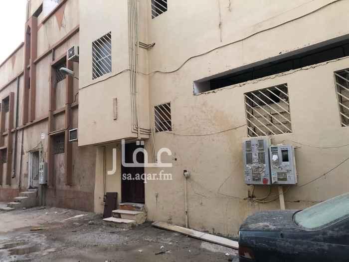 عمارة للإيجار في شارع الامير محمد بن عبدالرحمن ، حي منفوحة الجديدة ، الرياض ، الرياض