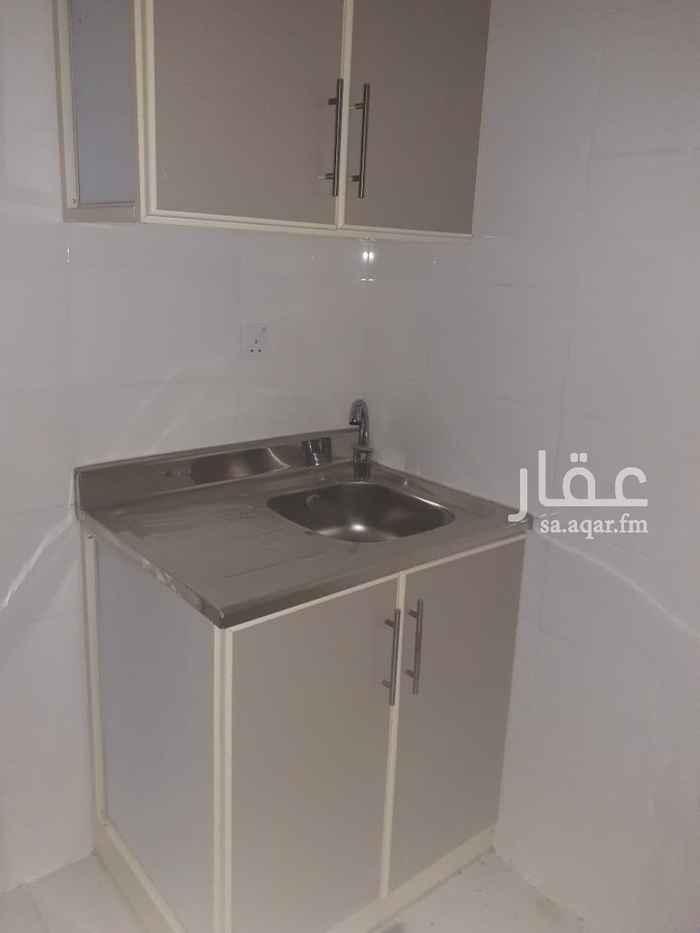 غرفة للإيجار في شارع محمد حسن العواد ، حي الروضة ، جدة ، جدة