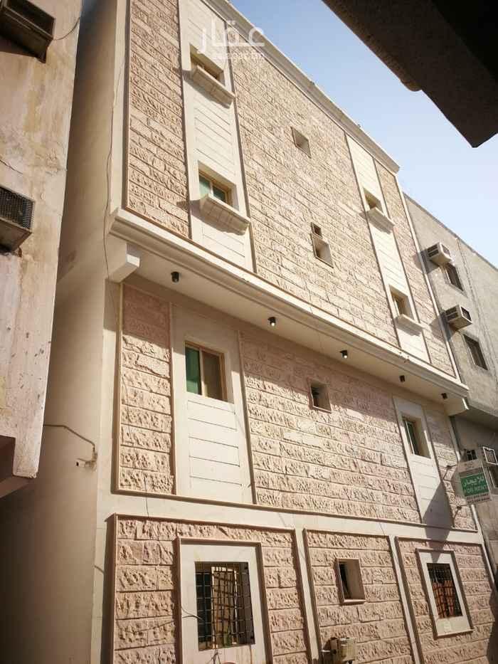 عمارة للإيجار في الشارع العاشر ، حي الخبر الجنوبية ، الخبر ، الخبر