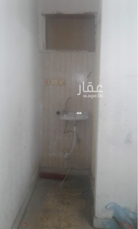 غرفة للإيجار في شارع نبيه بن الحجاج ، حي المروة ، جدة ، جدة