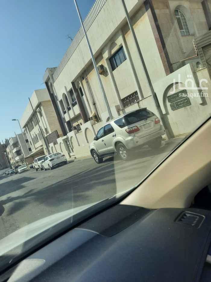 عمارة للبيع في شارع ادريس ، حي البوادي ، جدة ، جدة