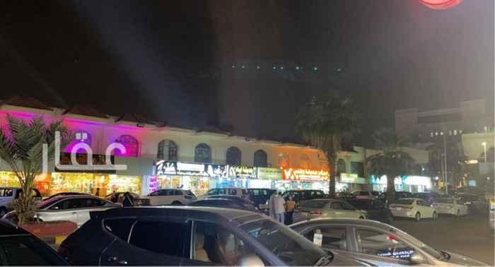 محل للبيع في شارع حائل ، حي الرويس ، جدة ، جدة