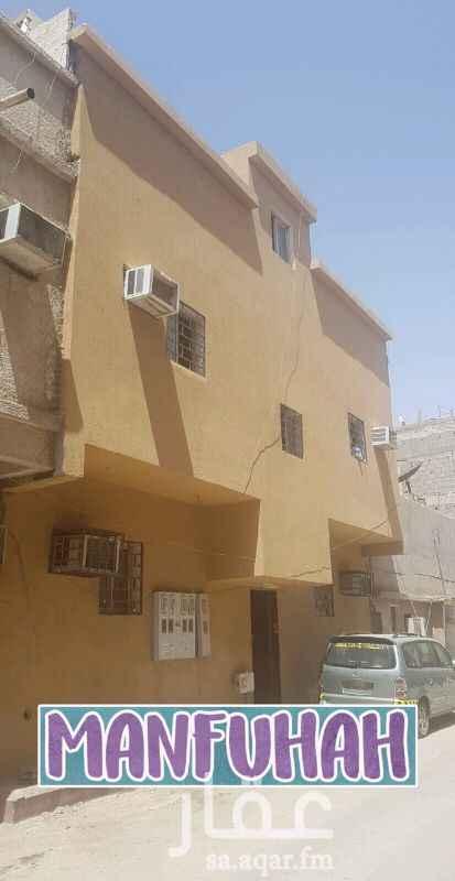 عمارة للبيع في شارع هديه ، حي منفوحة ، الرياض