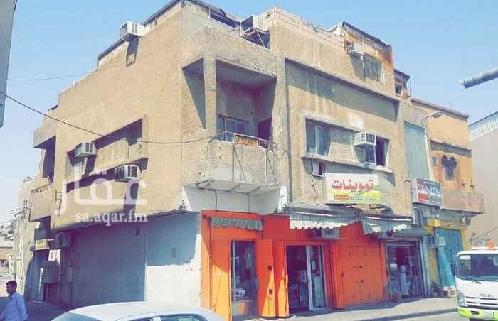 عمارة للبيع في شارع الوليد البحتري ، حي الشميسي ، الرياض