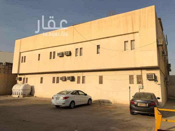 عمارة للبيع في شارع الامير ناصر بن فرحان ال سعود ، حي المرسلات ، الرياض