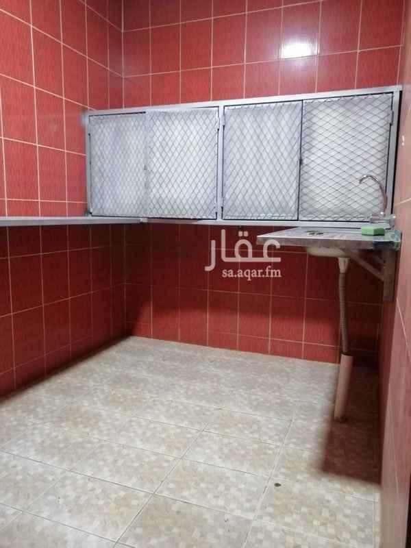 استراحة للإيجار في شارع علي بن حمود ، حي المعيزيلة ، الرياض