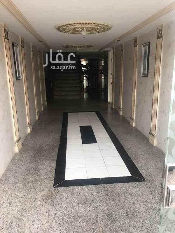 عمارة للبيع في شارع خليفه بن بشير ، حي البوادي ، جدة ، جدة