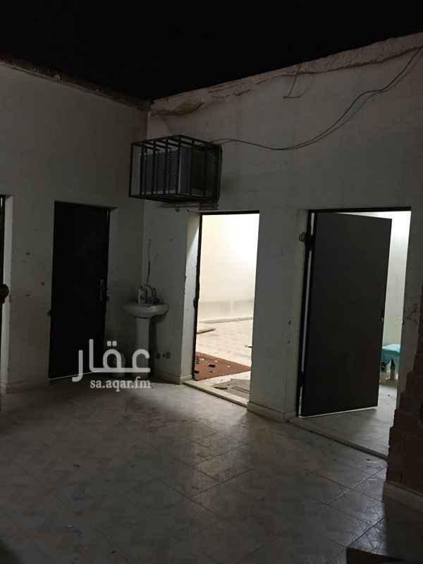 استراحة للإيجار في شارع الذهبي, طويق, الرياض