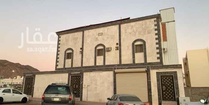 عمارة للبيع في شارع عبيد بن عمر الرعيني ، حي الدفاع ، المدينة المنورة ، المدينة المنورة