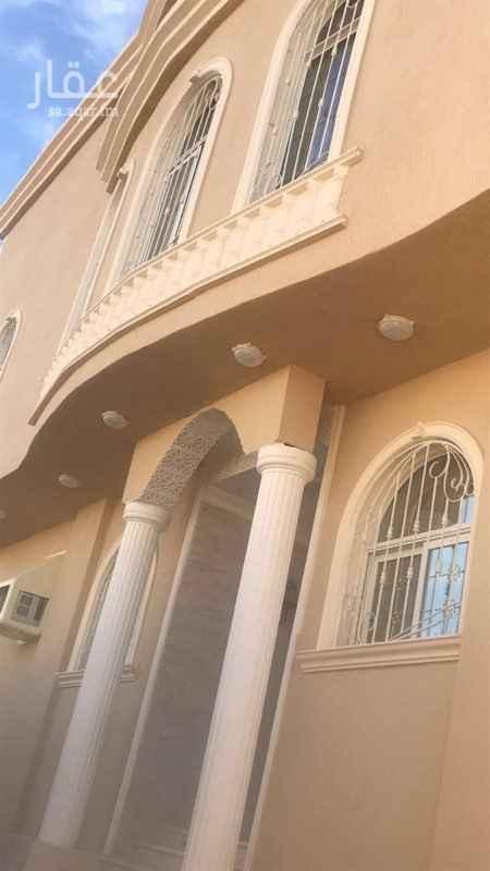 فيلا للبيع في شارع نصر بن زكريا ، حي الدفاع ، المدينة المنورة ، المدينة المنورة