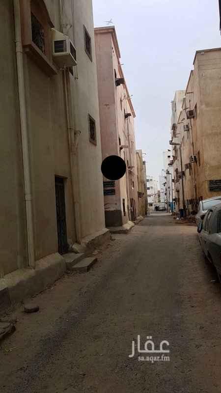 بيت للبيع في شارع رمز الخير ، حي الجامعة ، جدة