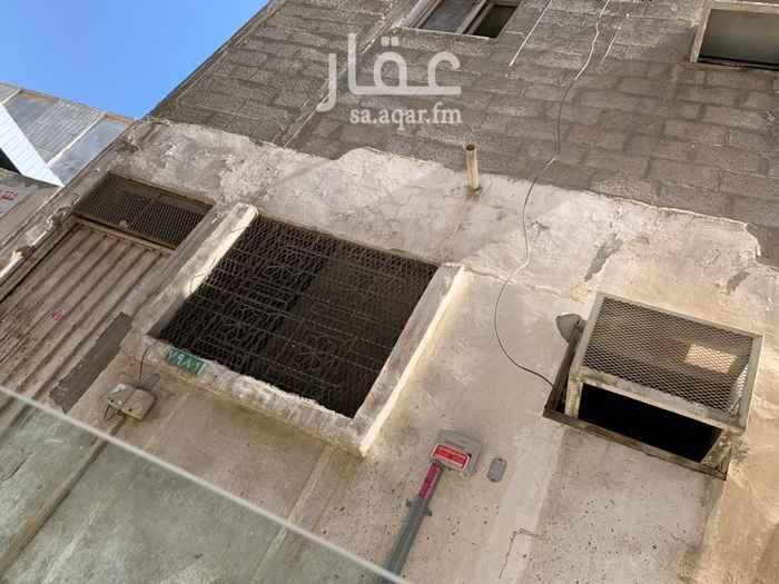 بيت للإيجار في حي القزاز ، الدمام ، الدمام