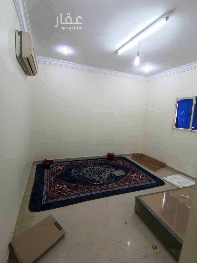غرفة للإيجار في شارع وادي البطحاء ، حي الملقا ، الرياض ، الرياض