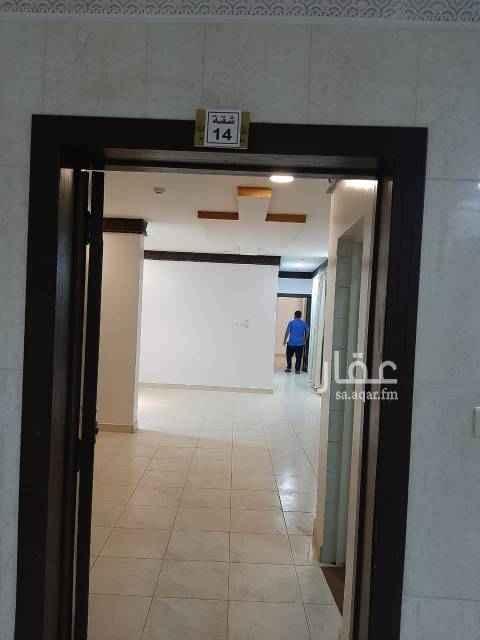 شقة للإيجار في شارع الشيخ حسن بن حسين بن علي ، حي اشبيلية ، الرياض