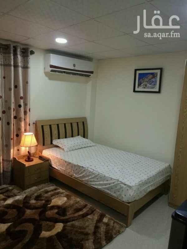شقة للإيجار في شارع مجاهد ، حي الضباط ، الرياض