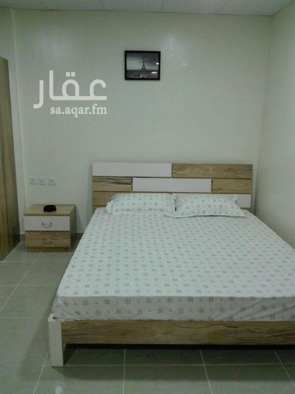 غرفة للإيجار في شارع ابي محمد الضياء ، حي الضباط ، الرياض