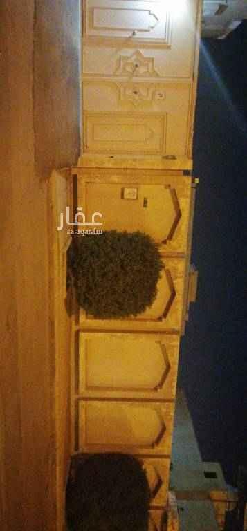 أرض للبيع في شارع القرين ، حي العزيزية ، الرياض