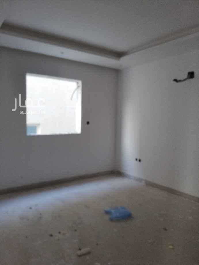 شقة للبيع في شارع رقم 324 ، حي الملقا ، الرياض ، الرياض