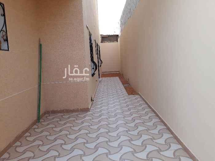 فيلا للبيع في شارع العبدلي ، حي العقيق ، الرياض