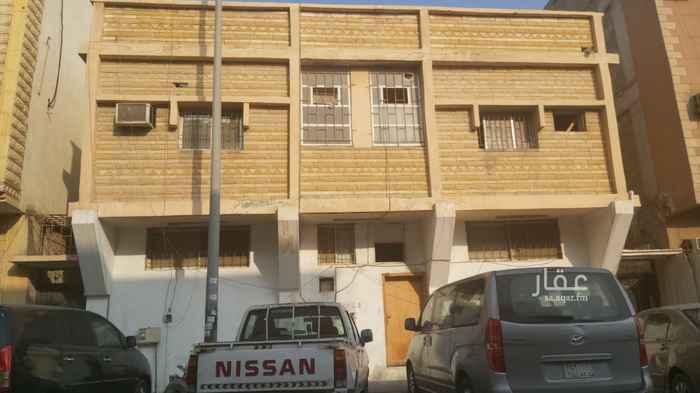بيت للبيع في شارع المجمعة ، حي الثقبة ، الخبر ، الخبر
