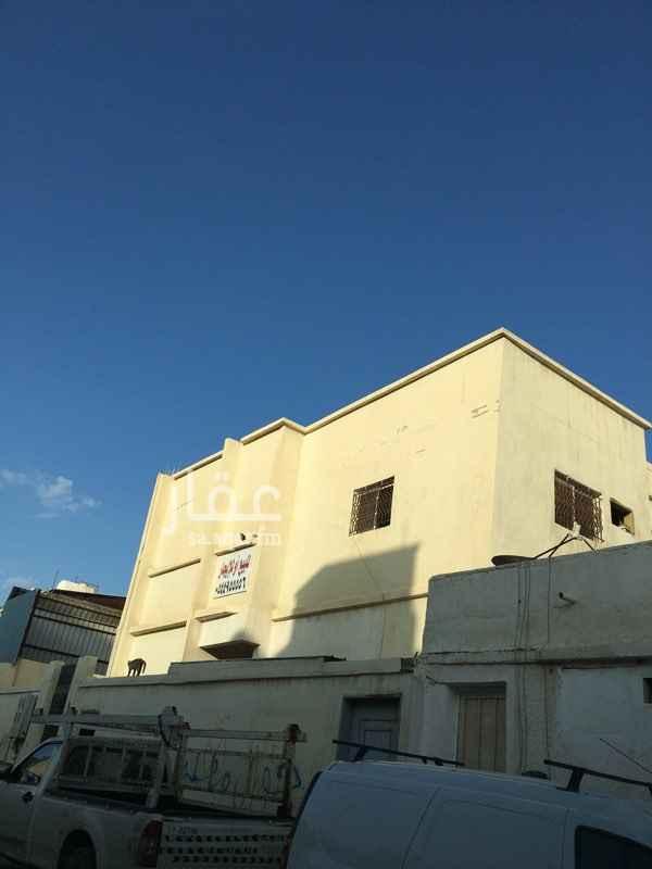 فيلا للبيع في شارع ابي غالب الصباغ ، حي الملز ، الرياض ، الرياض