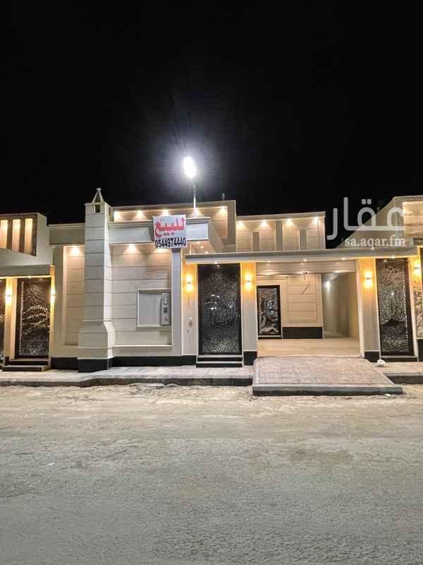 فيلا للبيع في شارع الشيخ محمد عمر بري ، حي طويق ، الرياض ، الرياض
