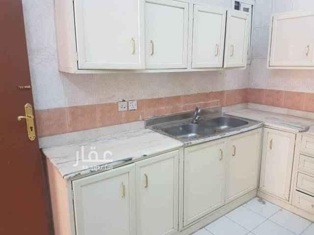 شقة للإيجار في شارع المثنى بن حارثة ، حي الشفا ، الرياض