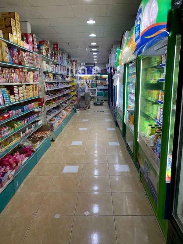 محل للبيع في شارع عبدالرحمن بن ابى عميره ، حي الملك فهد ، المدينة المنورة ، المدينة المنورة