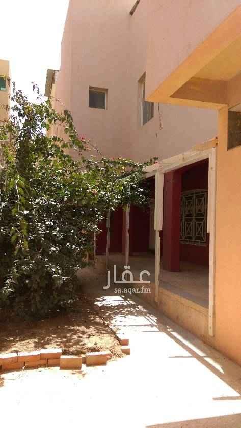 فيلا للإيجار في شارع القهيب ، حي الوادي ، الرياض
