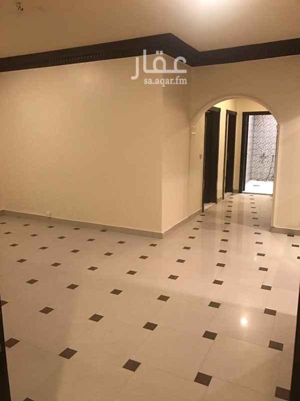 شقة للبيع في شارع القبة ، حي اشبيلية ، الرياض