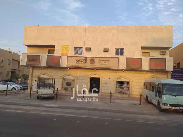 محل للإيجار في شارع المغيرة بن شعبة ، حي المروج ، الرياض
