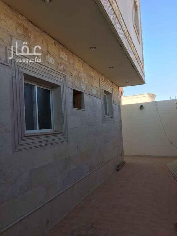 فيلا للبيع في شارع رمله بنت ابى عوف ، حي مهزور ، المدينة المنورة