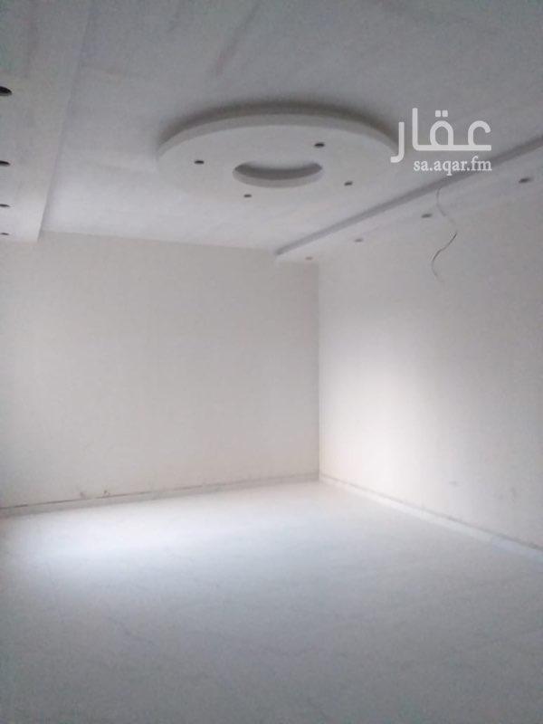 دور للبيع في حي ، شارع رافع بن خديج الانصاري ، حي العاقول ، المدينة المنورة ، المدينة المنورة
