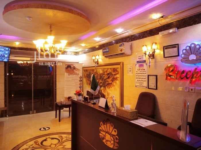 شقة للإيجار في طريق الامير متعب بن عبدالعزيز ، حي العزيزية ، جدة ، جدة