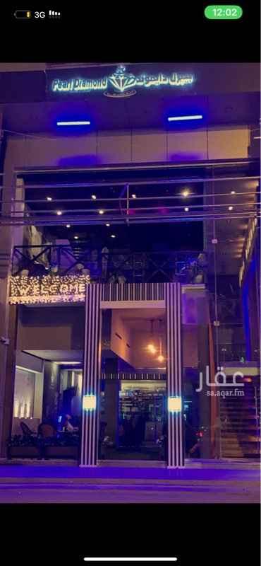 محل للبيع في طريق الأمير سلطان بن عبدالعزيز ، الرياض