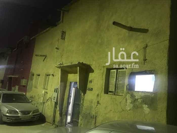 بيت للإيجار في شارع برهان الدين المنصوري ، حي الجرادية ، الرياض