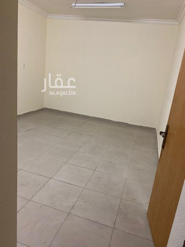 غرفة للإيجار في شارع أبو بكر بن عثمان ، حي الأثير ، الدمام ، الدمام
