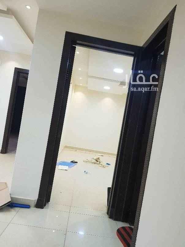 فيلا للإيجار في شارع الشرفي ، حي بدر ، الرياض