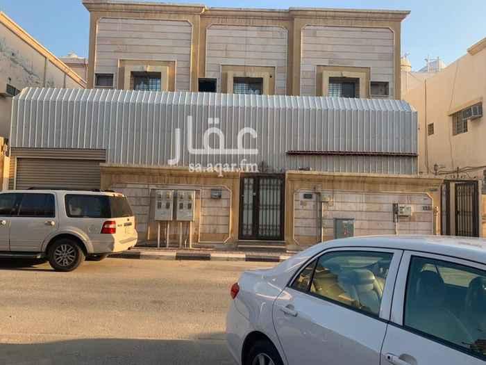 بيت للبيع في شارع مالك بن جبير ، حي الروضة ، الدمام ، الدمام