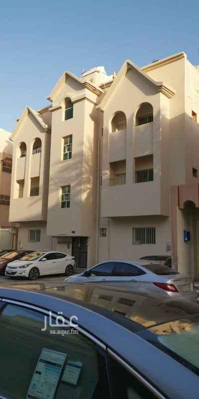 عمارة للبيع في شارع محمد الزهري ، حي الزهور ، الدمام ، الدمام