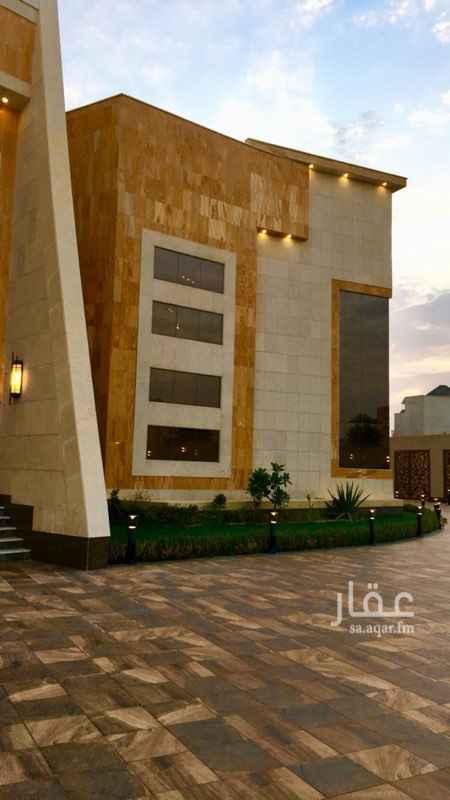 فيلا للبيع في طريق الأمير محمد بن سعد بن عبدالعزيز ، حي العقيق ، الرياض